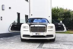luxus limousinen mieten und vermieten auf luxuslimousinen servicefahrzeug vermietung. Black Bedroom Furniture Sets. Home Design Ideas