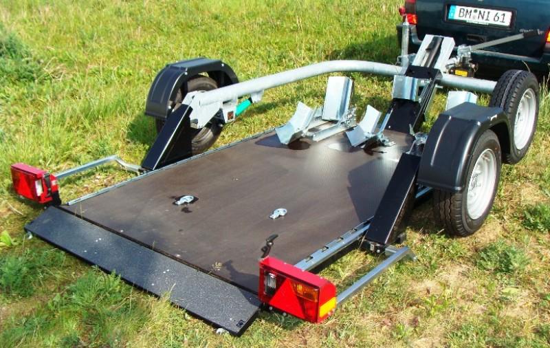 absenkbarer motorradanh nger 1 2 maschinen 750 kg ungebremst. Black Bedroom Furniture Sets. Home Design Ideas