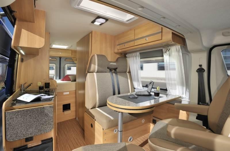 ihr wohnmobil f r die saison 2014 der p ssl 2win als neufahrzeug f r ihren urlaub. Black Bedroom Furniture Sets. Home Design Ideas