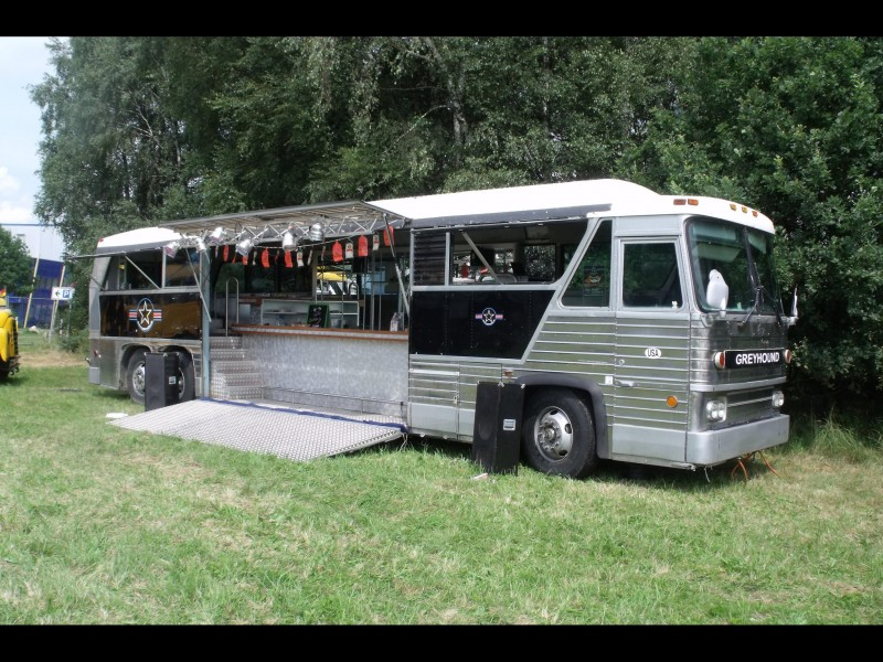 greyhound partybus getr nkewagen cocktailbar bar bus tresenbus roadshow promotion. Black Bedroom Furniture Sets. Home Design Ideas