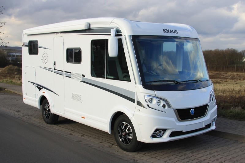 knaus van i 550 md wohnmobil verleih camper caravan. Black Bedroom Furniture Sets. Home Design Ideas