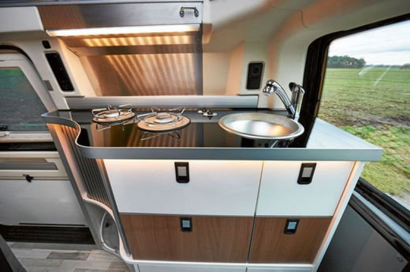vw t5 club joker city von westfalia mit wc und dusche wohnwagen wohnmobil familienwagen camping. Black Bedroom Furniture Sets. Home Design Ideas