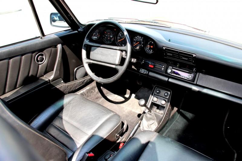 porsche 911 carrera cabrio 3 2 in rot mieten. Black Bedroom Furniture Sets. Home Design Ideas