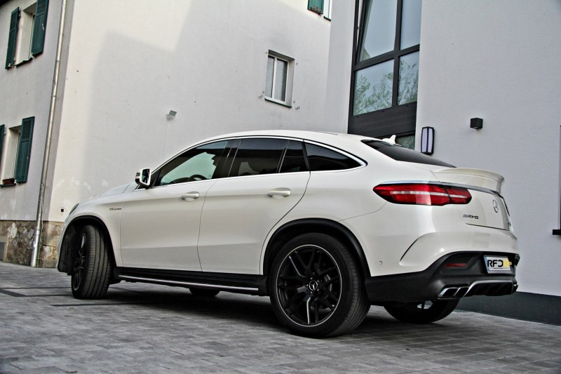 gle 63 amg coupe s mercedes benz luxus suv 585 ps. Black Bedroom Furniture Sets. Home Design Ideas