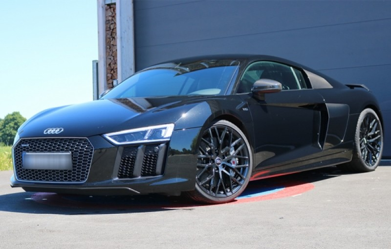 audi r8 v10 plus 610 ps sportwagen hochzeitswagen freizeitwagen. Black Bedroom Furniture Sets. Home Design Ideas