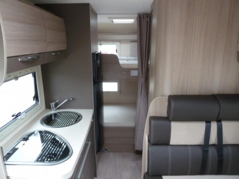 Etagenbett Wohnmobil : Chausson flash c etagenbett
