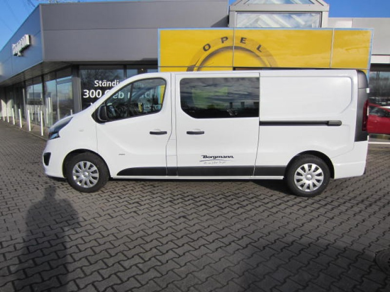 vivaro bus transporter mehrsitzer 6 sitzer. Black Bedroom Furniture Sets. Home Design Ideas