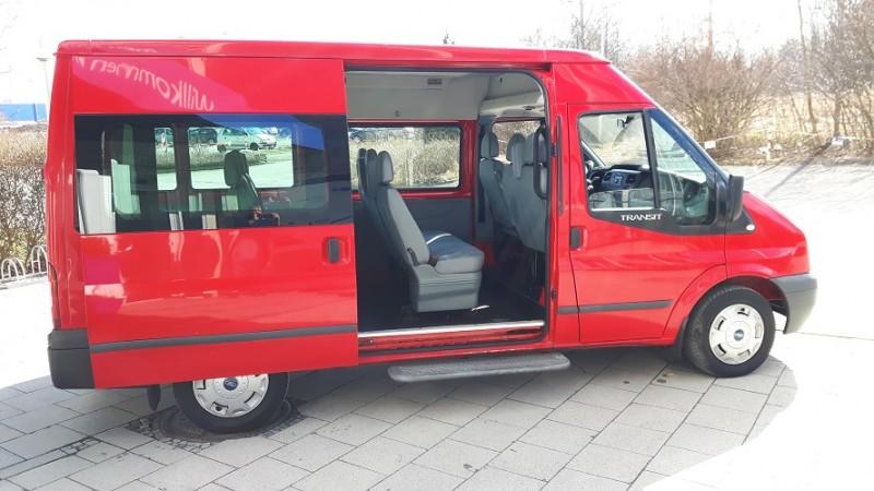 9 sitzerbus mieten in m nchen vielseitiger kleinbus mit klima anh ngerkupplung und viel stauraum. Black Bedroom Furniture Sets. Home Design Ideas