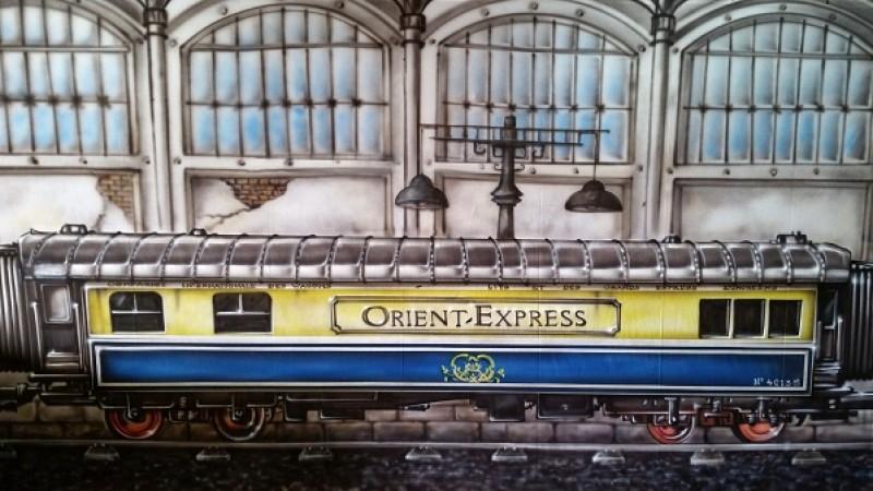 orient express b hnenbild eisenbahn orientexpress kulisse bahnhof. Black Bedroom Furniture Sets. Home Design Ideas