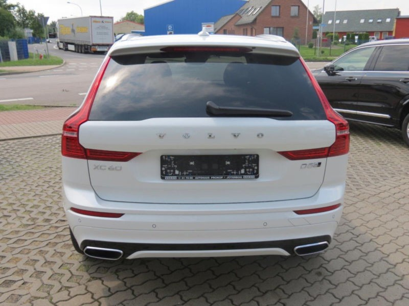 volvo xc60 d5 235 ps awd r design langzeitmiete. Black Bedroom Furniture Sets. Home Design Ideas