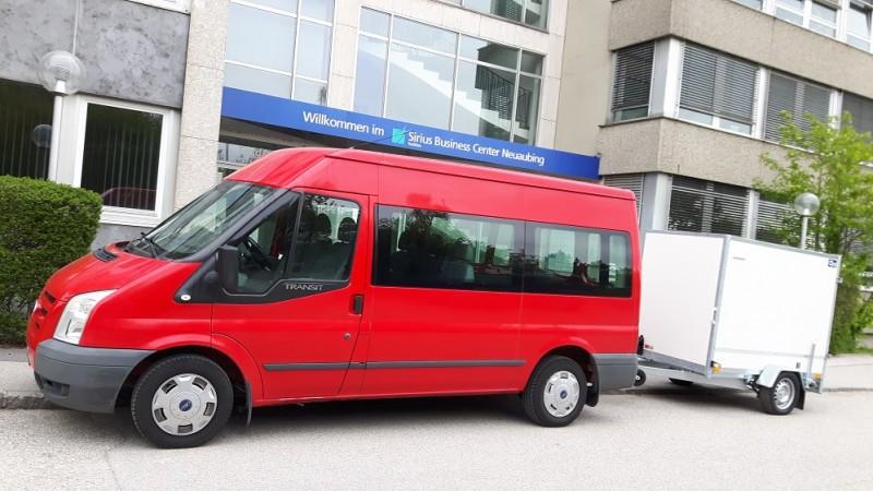 9 sitzerbus mieten in m nchen transporter mit kofferanh nger mieten in m nchen gespann fs klasse b. Black Bedroom Furniture Sets. Home Design Ideas