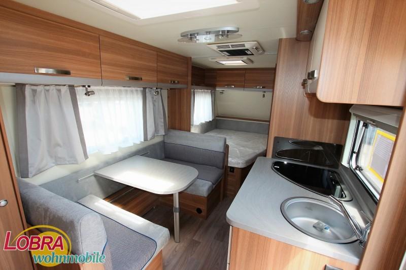 Wohnwagen Weinsberg Etagenbett : Weinsberg caraone fdk familenwohnwagen wohnwagen für