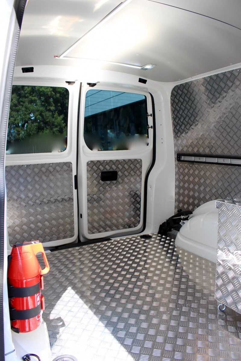 vw transporter mietwagen mieten pkw mieten vw transporter mieten. Black Bedroom Furniture Sets. Home Design Ideas