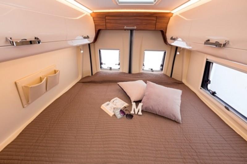wohnmobil fiat ducato wohnmobil mieten camper mieten reisemobil. Black Bedroom Furniture Sets. Home Design Ideas