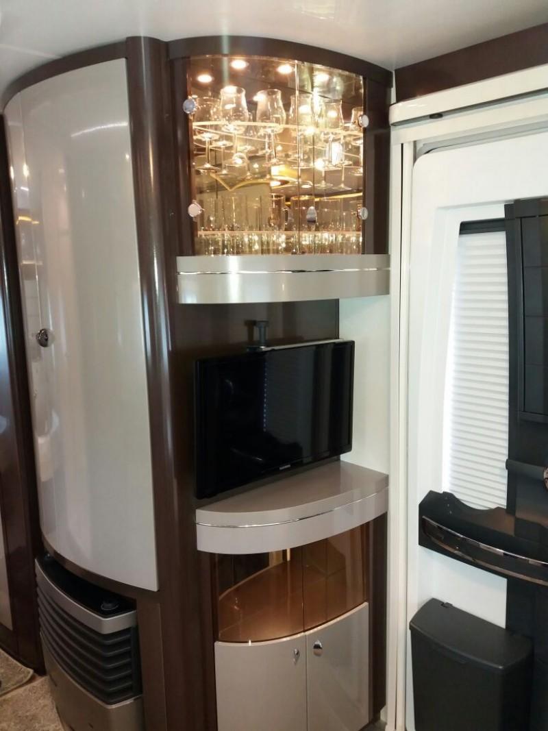 luxus wohnwagen klima vorzelt tv mover fahrradtr ger etagenbett 6 schlafpl tze voll. Black Bedroom Furniture Sets. Home Design Ideas