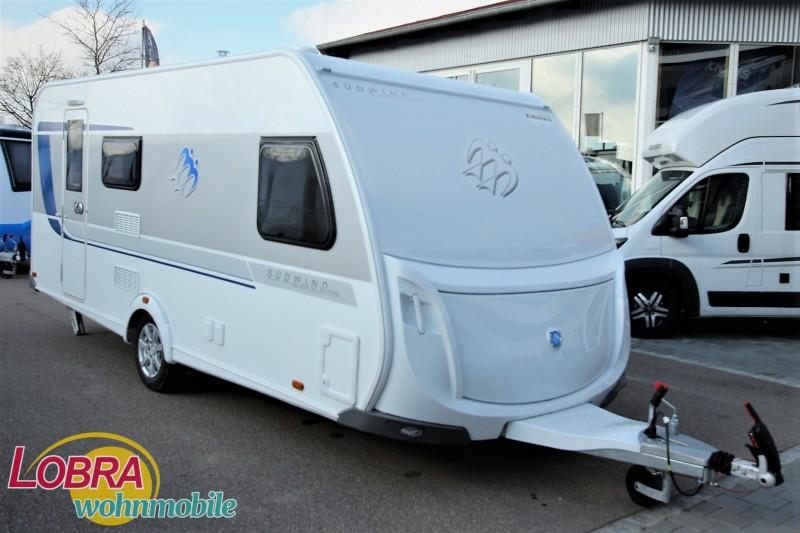 Wohnwagen Mit Etagenbett Und Klima : Reisemobile wohnmobile und wohnwagen mit etagenbetten caravan