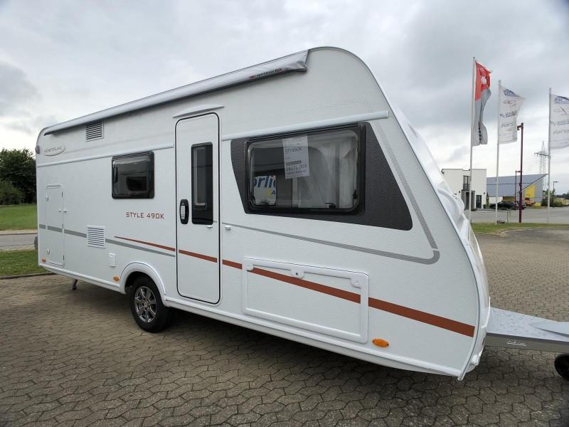 Wohnwagen Etagenbett Mittelsitzgruppe Festbett : Lmc style 490 k geräumiger familiencaravan