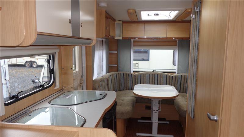 wohnwagen wohnwagen mieten. Black Bedroom Furniture Sets. Home Design Ideas