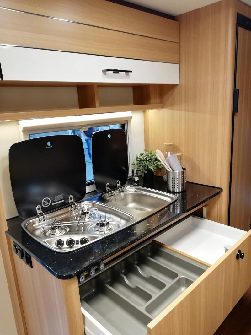 wohnwagen lmc style 490k für 6 pers mit klimaanlage
