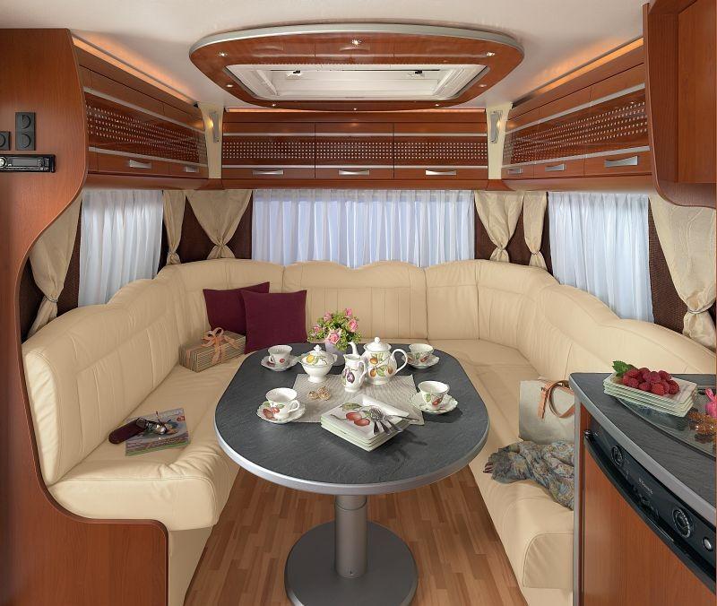 wohnwagenvermietung bayern alle fahrzeuge sind mit klimaanlage ausgestattet. Black Bedroom Furniture Sets. Home Design Ideas