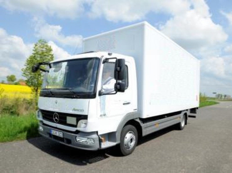 lkw mb atego 7 49 to koffer mit ladebordwand 150 km frei. Black Bedroom Furniture Sets. Home Design Ideas
