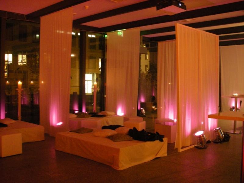 stilvolle beleuchtung f r ihre hochzeit. Black Bedroom Furniture Sets. Home Design Ideas