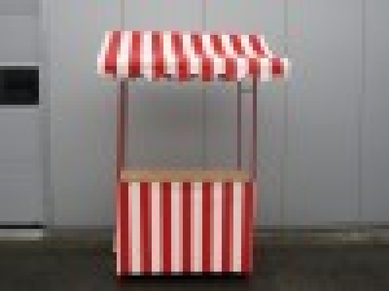 marktstand rot wei nostalgie bude weihnachtsmarkt stand. Black Bedroom Furniture Sets. Home Design Ideas